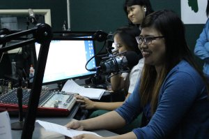 Almuna host, Marielle Lopez, come back on the air, anchors Libreng Sakay.